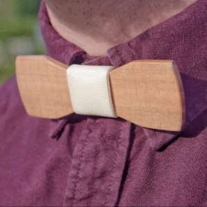 Wooden Bow Tie Style and Panache